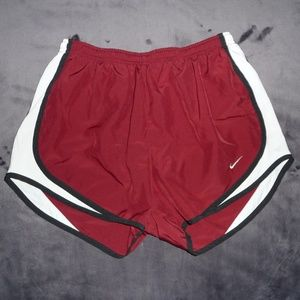 NWOT Nike Dry Dri-Fit Tempo Run Shorts S